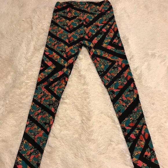 83823de0cb5041 LuLaRoe Pants - LuLaRoe OS Leggings One Size (2-10) Stripes Leaves